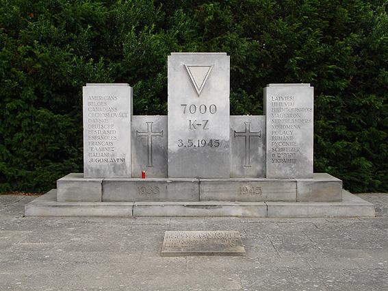 Pomnik upamiętniający zbrodnię w Zatoce Lubeckiej 3 maja 1945 r. Fot. Wikipedia.